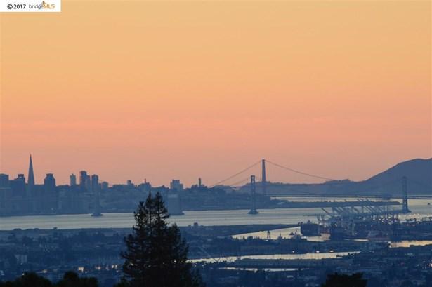 6031 Ridgemont Dr., Oakland, CA - USA (photo 2)