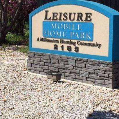 186 Leisure Park Circle, Santa Rosa, CA - USA (photo 4)
