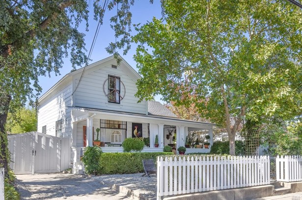 1012 Pope Street, St. Helena, CA - USA (photo 1)