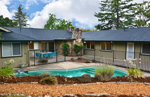 2340 Sycamore Avenue, Santa Rosa, CA - USA (photo 2)