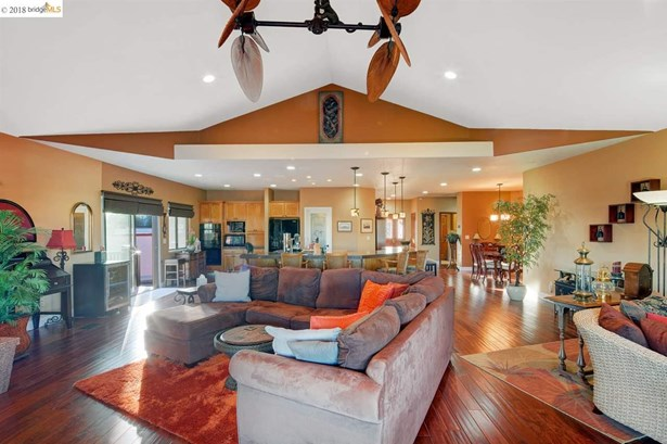 2313 Newport Dr, Discovery Bay, CA - USA (photo 3)