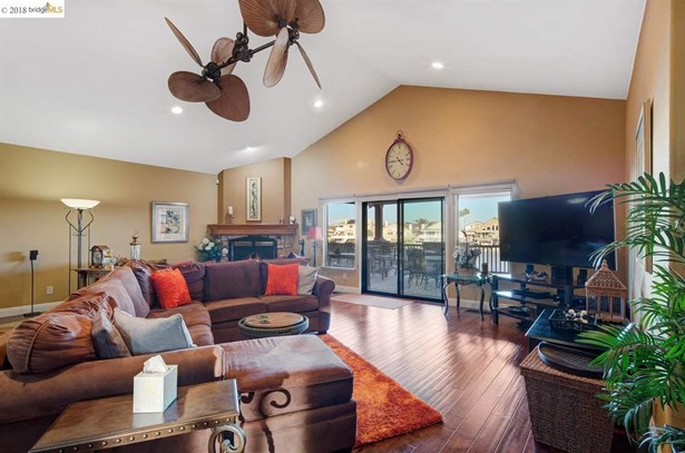 2313 Newport Dr, Discovery Bay, CA - USA (photo 4)
