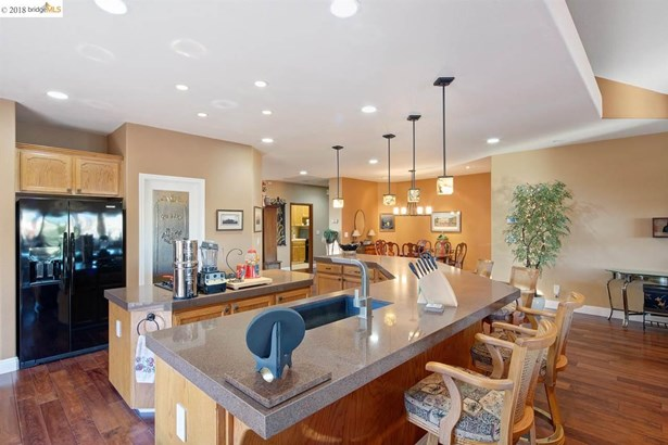 2313 Newport Dr, Discovery Bay, CA - USA (photo 5)