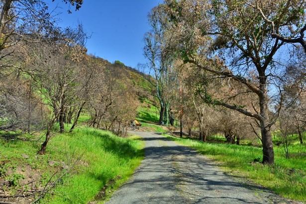 4740 Wallace Road, Santa Rosa, CA - USA (photo 1)