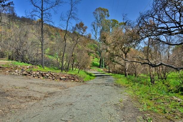 4740 Wallace Road, Santa Rosa, CA - USA (photo 2)