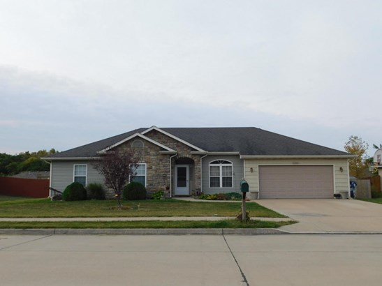 Ranch,Traditional, Single Family Residence - HALLSVILLE, MO (photo 1)