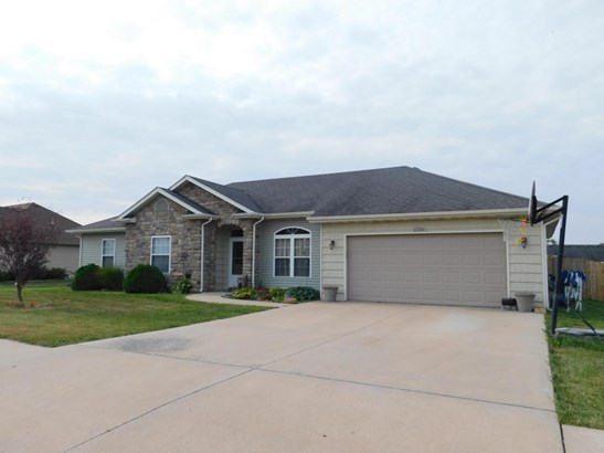 Ranch,Traditional, Single Family Residence - HALLSVILLE, MO (photo 3)