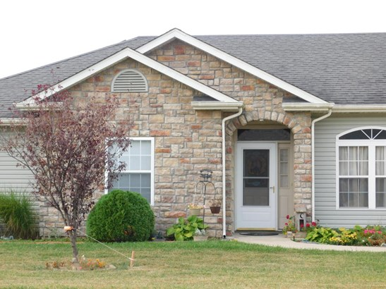 Ranch,Traditional, Single Family Residence - HALLSVILLE, MO (photo 4)