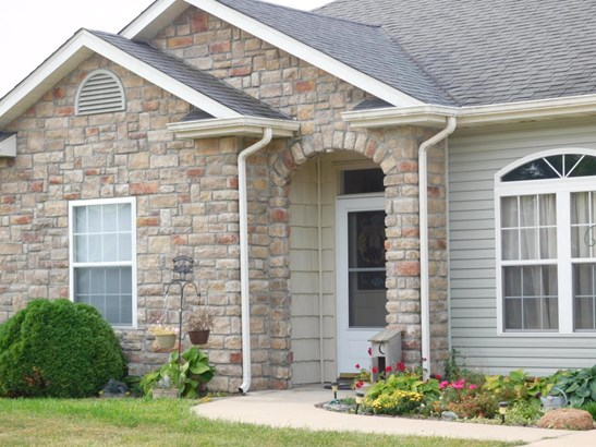 Ranch,Traditional, Single Family Residence - HALLSVILLE, MO (photo 5)