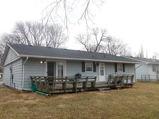 Ranch,Traditional, Single Family Residence - CENTRALIA, MO (photo 2)