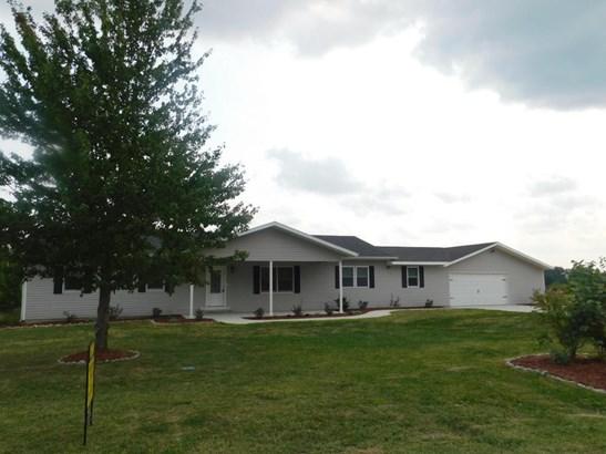 Ranch,Traditional, Single Family Residence - CLARK, MO (photo 3)