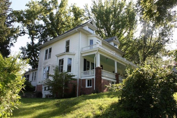 320 Gridiron St, Fayette, MO - USA (photo 2)