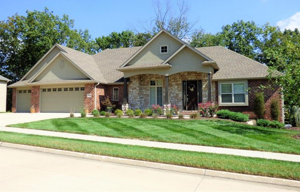 Single Family Residence, Ranch,Raised/Reversed Ranch - COLUMBIA, MO (photo 1)
