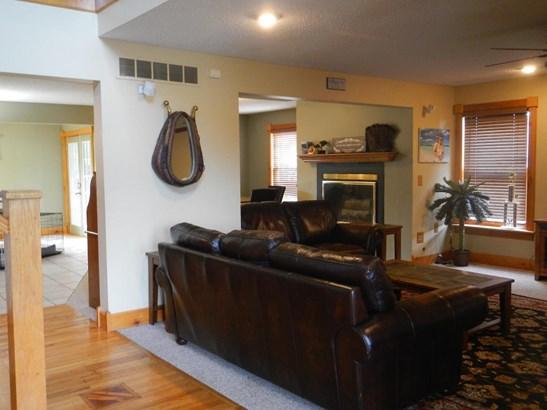 Single Family Residence, 2 Story,Traditional - HALLSVILLE, MO (photo 5)