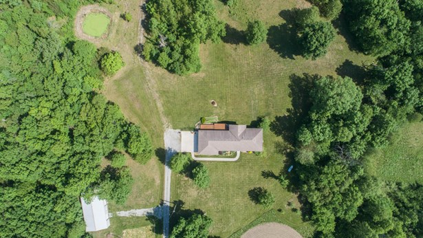 Single Family Residence, Ranch - STURGEON, MO (photo 2)