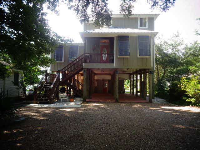 Raised Beach, Residential Detached - Foley, AL (photo 1)