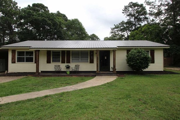 Residential Detached, Traditional - Bay Minette, AL (photo 1)