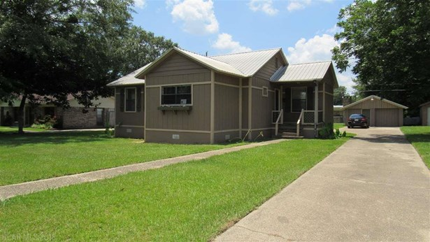 Cottage, Residential Detached - Chickasaw, AL (photo 2)