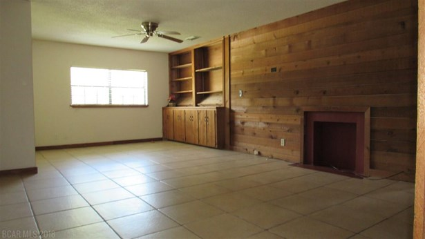 Cottage, Residential Detached - Chickasaw, AL (photo 4)