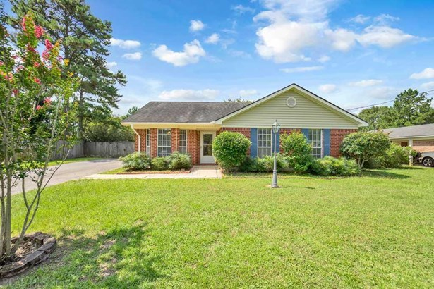 Residential Detached, Traditional - Semmes, AL (photo 1)
