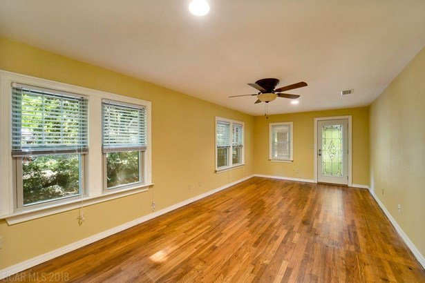 Ranch, Residential Detached - Saraland, AL (photo 4)