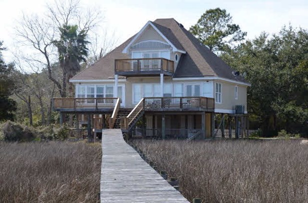 Raised Beach, Residential Detached - Fairhope, AL (photo 1)