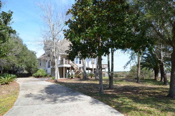 Raised Beach, Residential Detached - Fairhope, AL (photo 2)