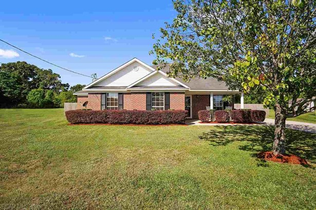 Residential Detached, Traditional - Chunchula, AL (photo 1)