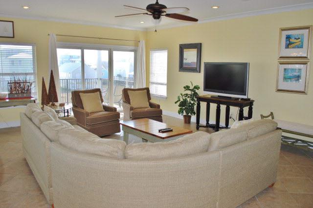 Residential Attached, Condo - Gulf Shores, AL (photo 2)
