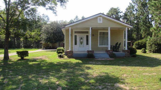 Cottage, Residential Detached - Saraland, AL (photo 1)