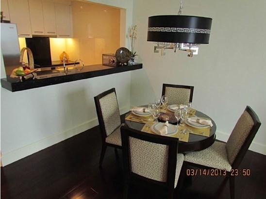 Unit 1711 Raffles Residences,ayala, Makati City - PHL (photo 3)