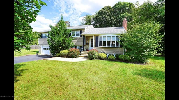 9 Majestic Avenue, Lincroft, NJ - USA (photo 1)