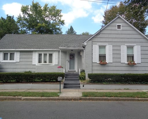 70 Crescent Avenue, Ewing, NJ - USA (photo 1)