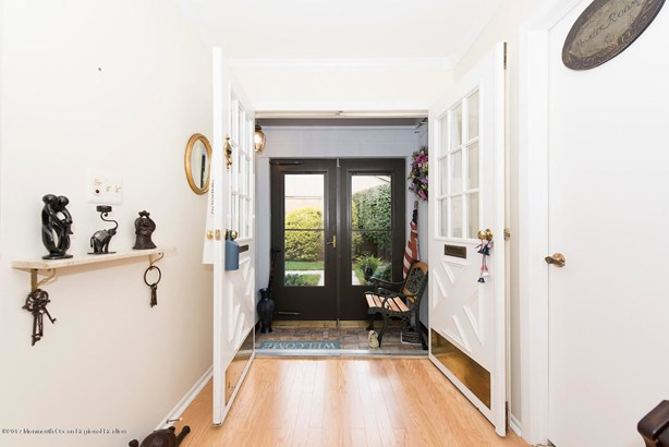 26 Claremont Court, Red Bank, NJ - USA (photo 5)