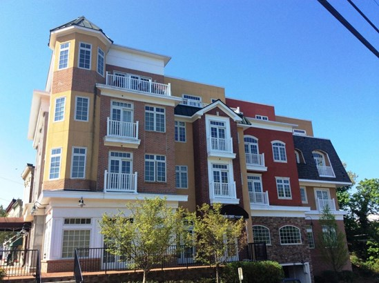 11 Wharf Avenue 5, Red Bank, NJ - USA (photo 1)