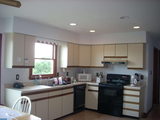 757 Mansfield Rd W, Bordentown, NJ - USA (photo 2)