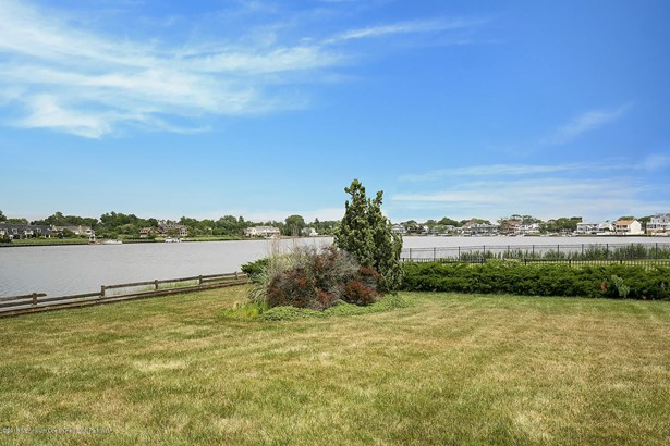 9 Oyster Bay Drive, Rumson, NJ - USA (photo 3)