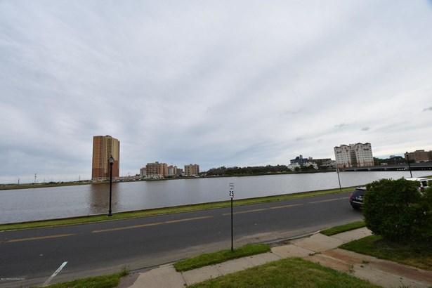 205 Edgemont Drive, Allenhurst, NJ - USA (photo 4)