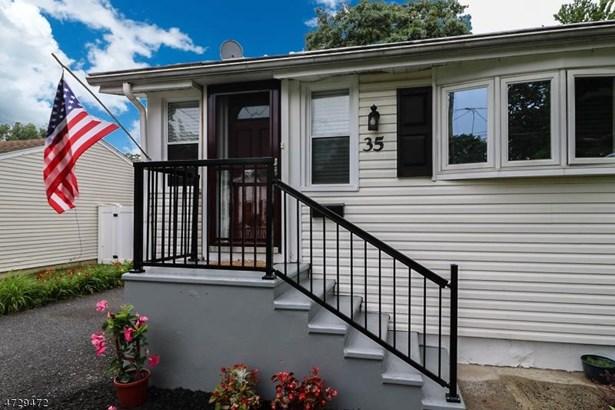 35 Woodland Rd, Spotswood, NJ - USA (photo 1)