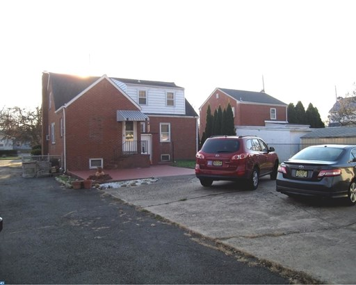 1172 Parkway Avenue, Ewing, NJ - USA (photo 4)
