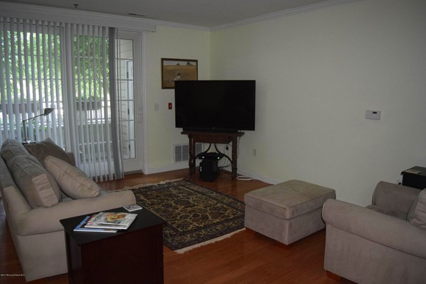 33 Cooper Avenue 101, Long Branch, NJ - USA (photo 2)