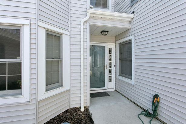 12 Mckinley Drive, Asbury Park, NJ - USA (photo 4)