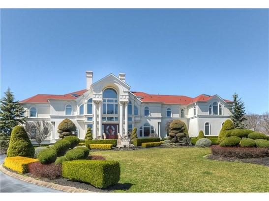 317 Bayview Drive, Marlboro, NJ - USA (photo 1)