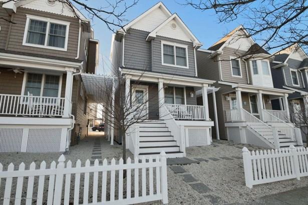 215 Sherman Avenue, Seaside Heights, NJ - USA (photo 1)
