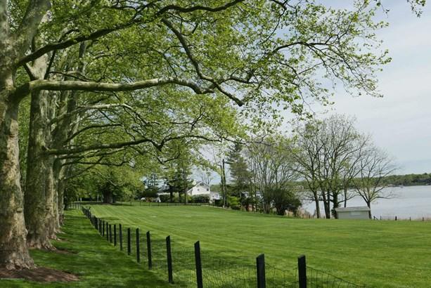 700 Navesink River Road, Middletown, NJ - USA (photo 5)