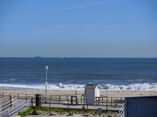 900 Ne Ocean Avenue 31, Point Pleasant Beach, NJ - USA (photo 2)