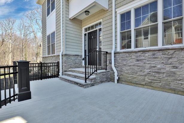 8 Carriage Gate Drive, Little Silver, NJ - USA (photo 2)
