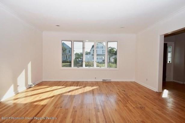 30 Victor Avenue, West Long Branch, NJ - USA (photo 5)