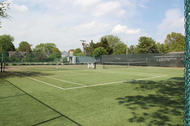 4 Dogwood Court, Spring Lake Heights, NJ - USA (photo 5)