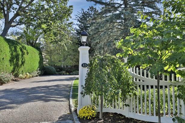 13 Oak Tree Lane, Rumson, NJ - USA (photo 2)